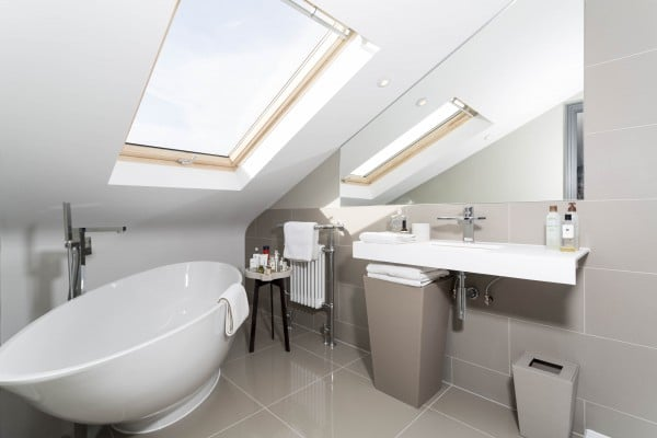 Making the most of a small bathroom in a loft simply loft for Loft bathroom ideas design