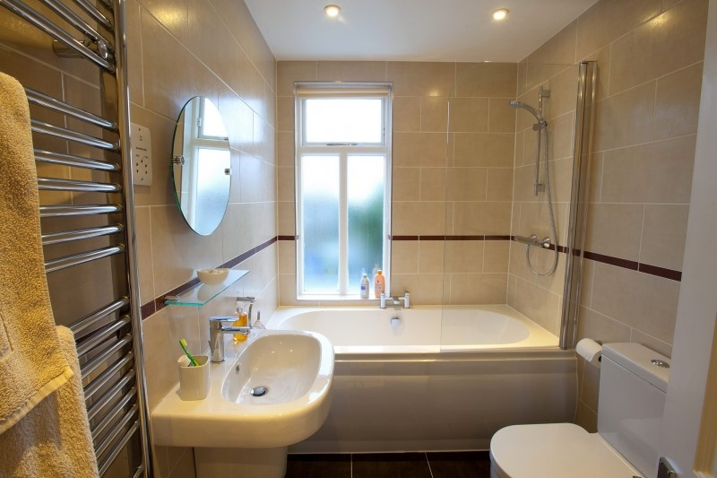 Bath and shower combo loft conversion
